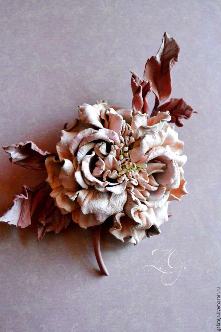 Купить Цветы из кожи Брошь Парфе - бледно-розовый, роза ручной работы, роза из кожи