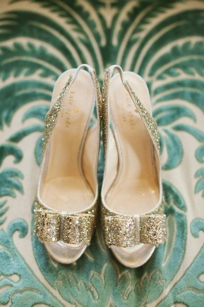 These gold sparkly shoes are amazing!