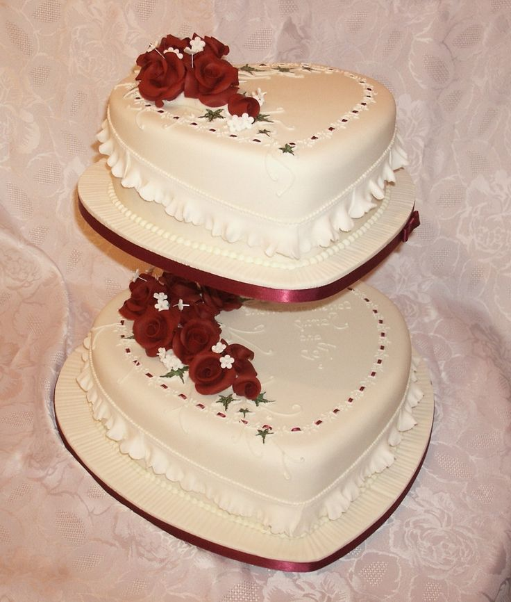 wedding cakes supplies best 25 shaped wedding cakes ideas on 8922
