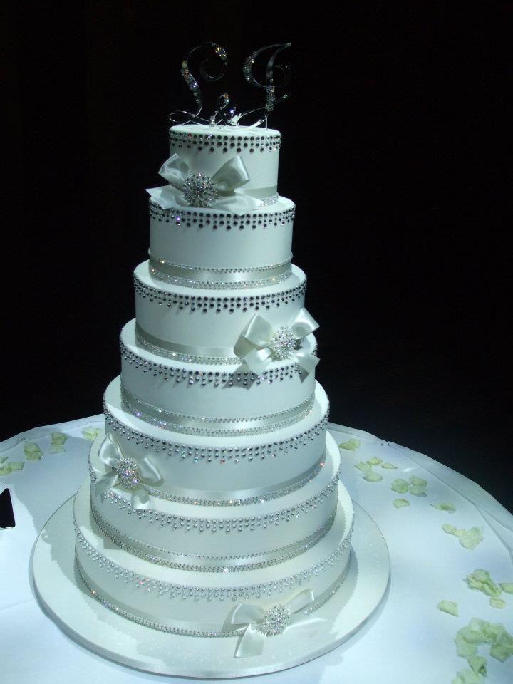 5000 Swarovski Crystals Wedding Cake by Cake Appreciation Society Member Cupid's Delight - See W.A. Directory Listing at www.cakeappreciationsociety.com