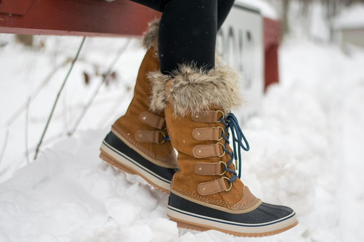 Sorel Joan of Arctic boots // Emillion Thoughts, how to style Sorel boots, best cold weather boots, printed Patagonia fleece, winter style, Zella leggings, how to style winter boots, snow boots with fur, Sorel winter boots, styling winter boots, winter fashion, casual winter style, sorel boots in elk, cold weather footwear, best boots for snow