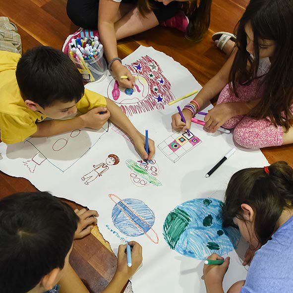 Οι Κυριακές στην Τεχνόπολη, η αγαπημένη συνήθεια μικρών και μεγάλων, επιστρέφουν δυναμικά, την Κυριακή 16 Οκτωβρίου, με ένα συναρπαστικό πρόγραμμα εκπαιδευτικών δράσεων αφιερωμένων στο περιβάλλον!