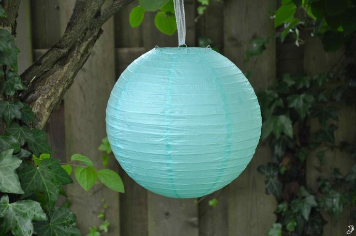Mint groene / Zeegroene lampion - http://www.instyledecoraties.nl/sfeerverlichting/lampion/zeegroene-lampion-30-cm.html#