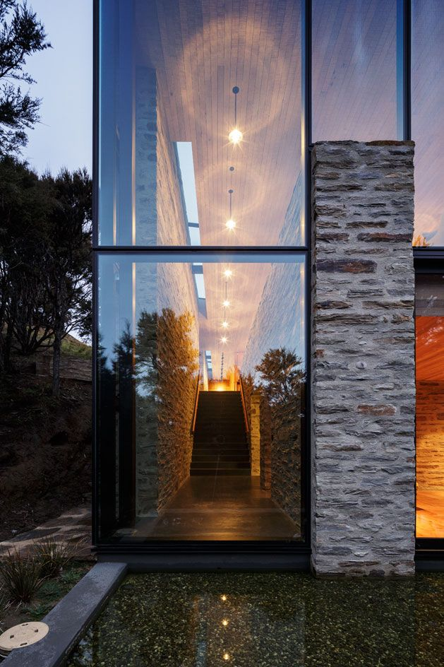 RTA Studio designs a sustainable mountain lodge at one with its scenic setting…