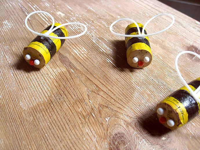 DIY Bumblebee Mobile Using Up-Cycled Wine Corks