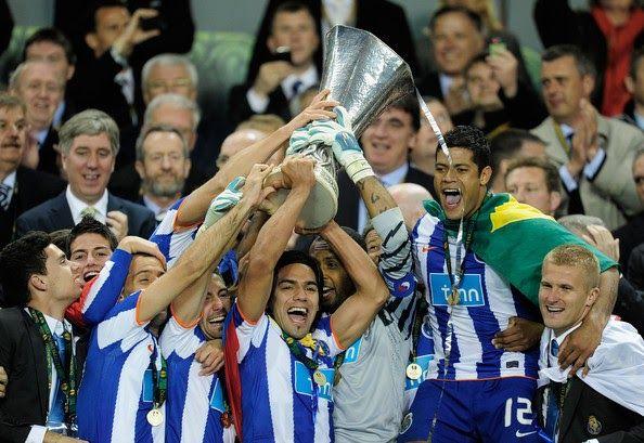 Banh 88 Trang Tổng Hợp Nhận Định & Soi Kèo Nhà Cái - Banh88.info(www.banh88.info) Tin Tuc Bong Da -  (Kenhthethao)- Tuy có một số trận đấu mùa giải không được như ý nhưng không ai có thể phủ nhận đây chính là top 10 CLB bóng đá thành công nhất trên thế giới hiện nay.  10. Porto Club  Porto chắc chắn là câu lạc bộ thành công nhất trong các câu lạc bộ bóng đá Bồ Đào Nha. Ở các giải đấu trong nước câu lạc bộ đã giành được 27 Giải vô địch bóng đá Bồ Đào Nha 16 lần vô địch Bồ Đào Nha Cup một kỷ…