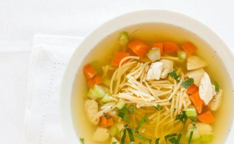 DINNER: Epicure's Classic Chicken Noodle Soup (60 calories/1 cup)