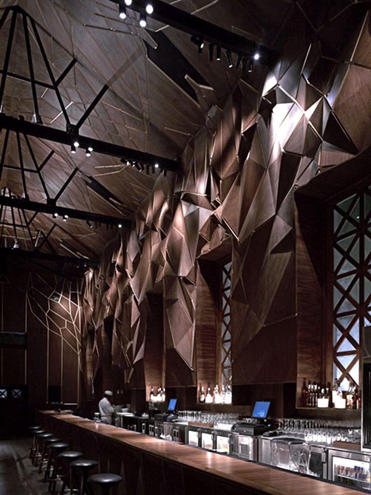 Bar-Design-The-Tote-India-Serie-Architects-Modern-Interior.jpg 800×1,068ピクセル