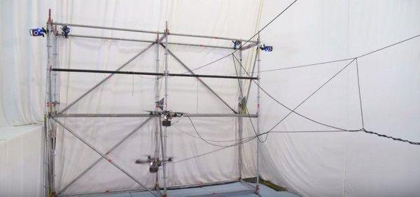 droni per costruire ponti di corda