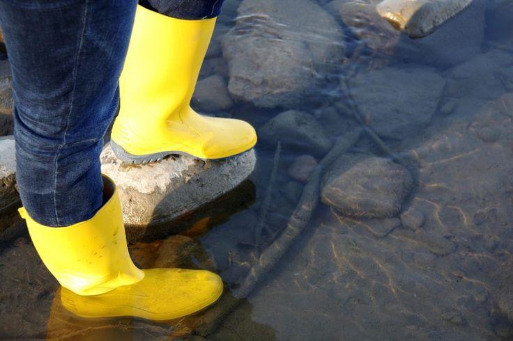 Non importa cosa pensi degli stivali in gomma, c'è un loro aspetto che non puoi proprio negare. Sono resistenti.