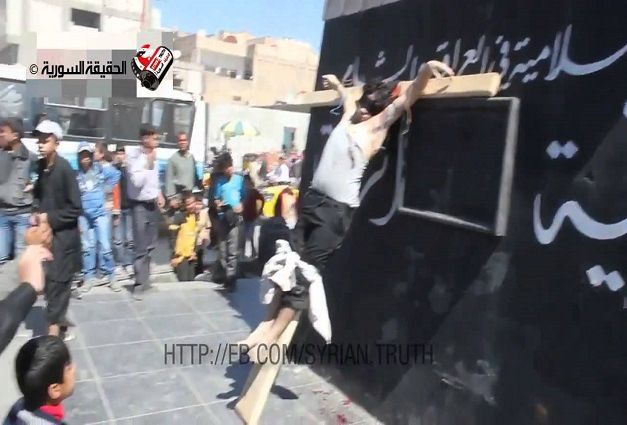 Syria Christian Crucified 1 - Muslims Crucify a Christian Man in Syria (Video)