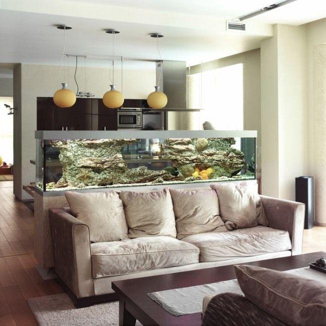 aquarium dekoideen wohnzimmer küche trennwand funktion Aquarium - trennwand im wohnzimmer