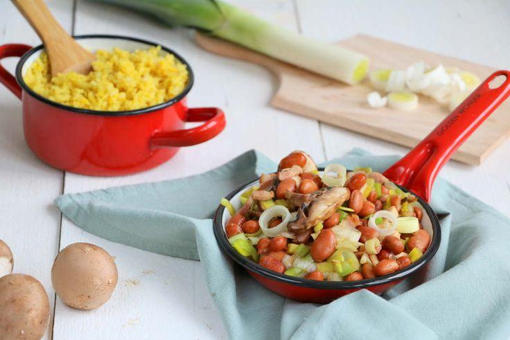 Een makkelijk maaltijd voor doordeweeks deze bruine bonen schotel met rijst en kip. Lekker, snel en geschikt voor het hele gezin.