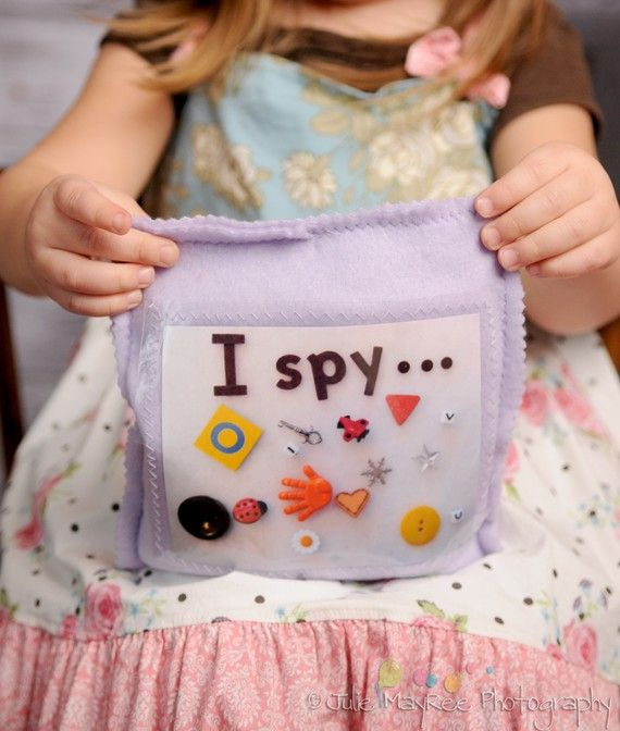 Tips for Traveling with Babies or Toddlers - we love the idea of this I Spy bag, which is compact and keeps the little one busy for a long time!Kids Travel, Kids Stuff, Kids Handmade Games, Travel Tips, Baby Games, Travel Games For Toddlers, Spy Treasure, Traveling With A Baby Toddlers, Treasure Games