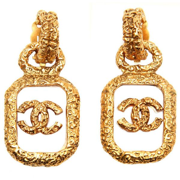 Chanel Logo Earrings ❤ liked on Polyvore featuring jewelry, earrings, accessories, chanel, chanel jewelry, chanel earrings, chanel jewellery, logo earrings and logo jewelry