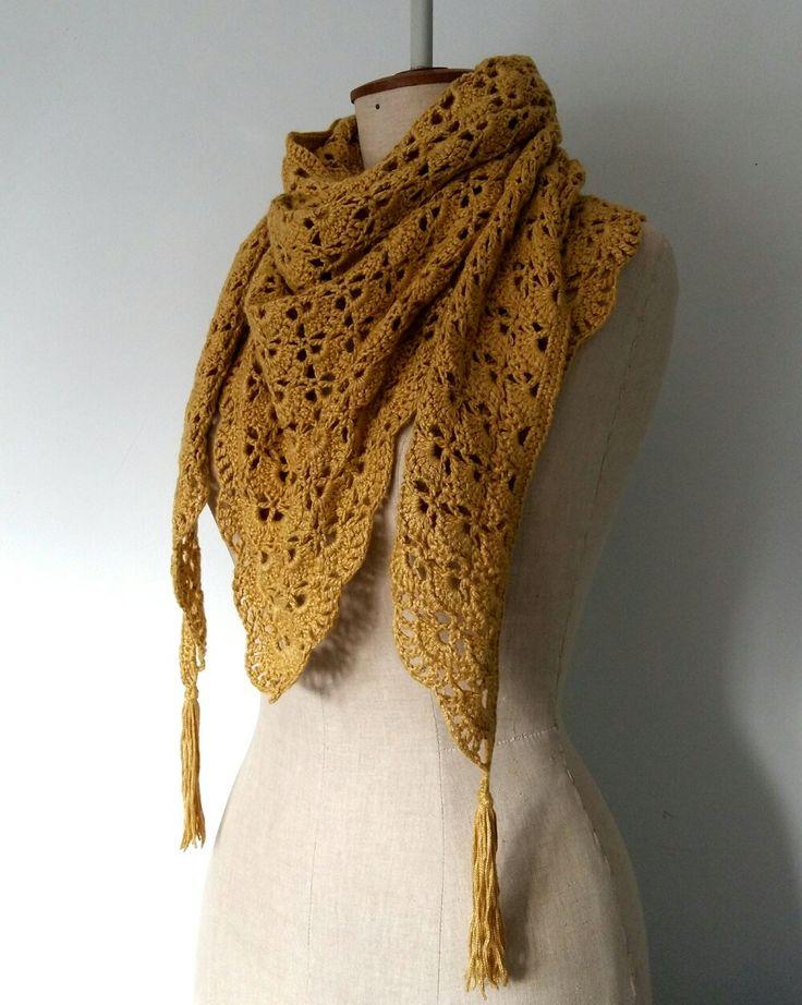 Crochet Southbay pattern shawl in linnen mix.