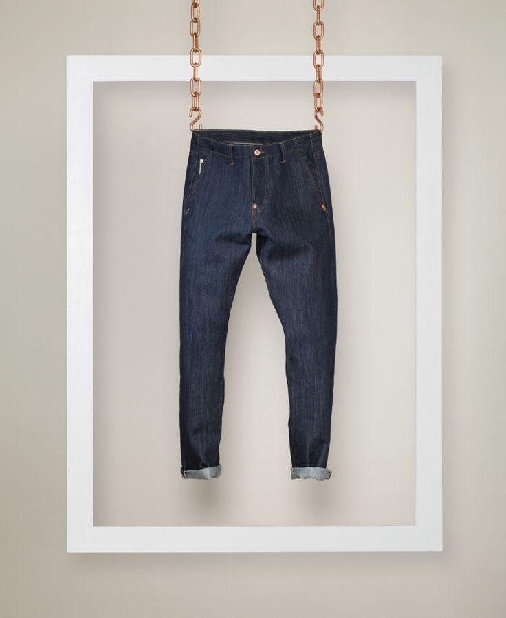 La marque de denim anglaise Lee Cooper s'apprête à lancer une nouvelle ligne de jeans, Lee Cooper's Cooper Collection, puisant les…