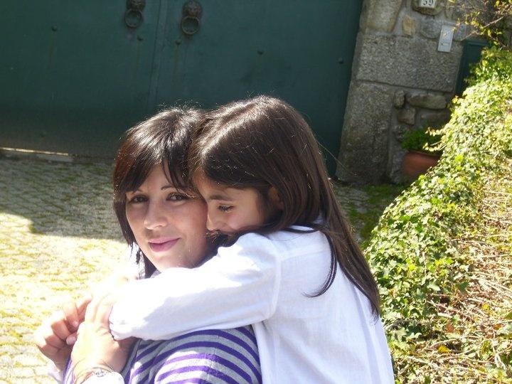"""Sandra e a filha Daniela. 23h59 - 72 """"gostos"""""""