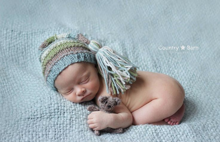 Newborn photography #sweetpeahats