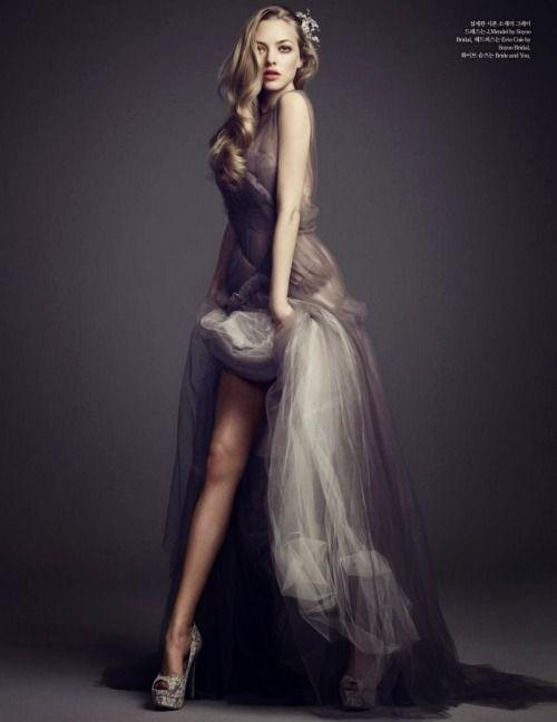 Amanda Seyfried for Elle Magazine Korea January 2014 [sensualfairytale.tumblr.com]