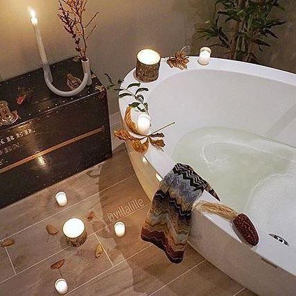 God helg fra oss i VikingBad! Og takk til @villalille som legger ut så utrolig flotte bilder!  .  .  #baderomsinspo #vvseksperten #vikingbad #bathroom #bathroomdesign #bathroomdecor #bathroominspiration #futurenordichome #hanneromhavaas #passion4interior #dream_interiors #dreamhome #interior4all #interior123 #nordicinspiration #scandinaviandesign #inspiration #inspotoyourhome #lyxury #spa #myhome #instainterior #interiordesign #gullfjæren 📷: @villalille