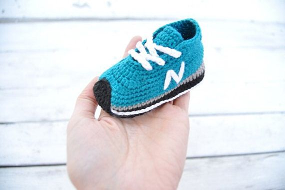 Crochet baby shoes - unique booties -baby new balance-newborn gift - baby boy -baby girl - Aqua green - summer colors