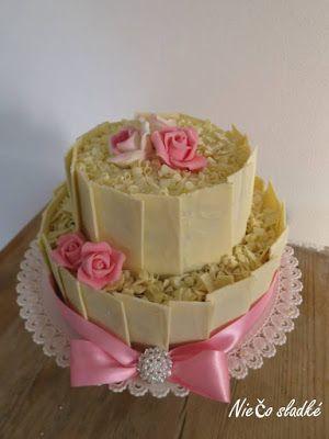 Niečo sladké: Svadobná torta s bielou čokoládou