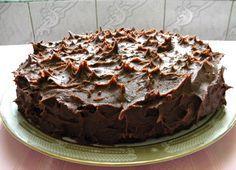 Olcsó óriás csokoládés torta – Végtelenül egyszerű az egész!