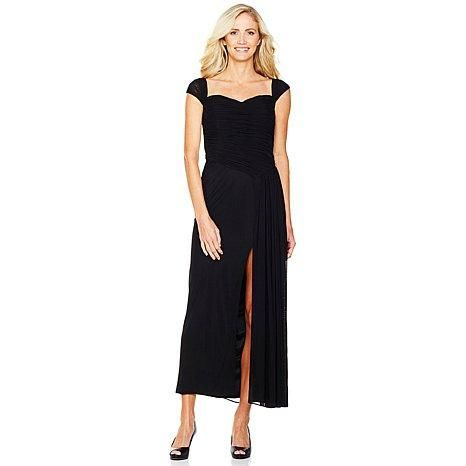 A long black dress exudes elegance and effortlessness. How would you style this slimming number?