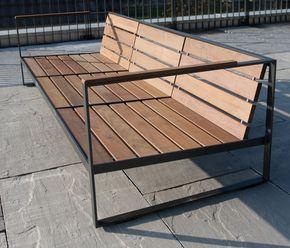 Der Aussenbereich erhält durch die Design- Metall…