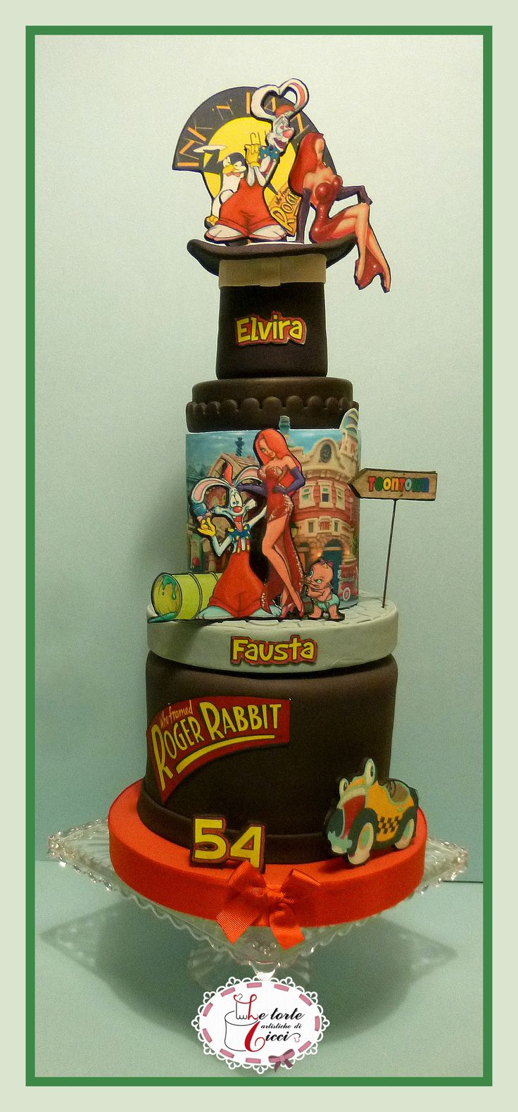 Roger Rabbit's cake foundant
