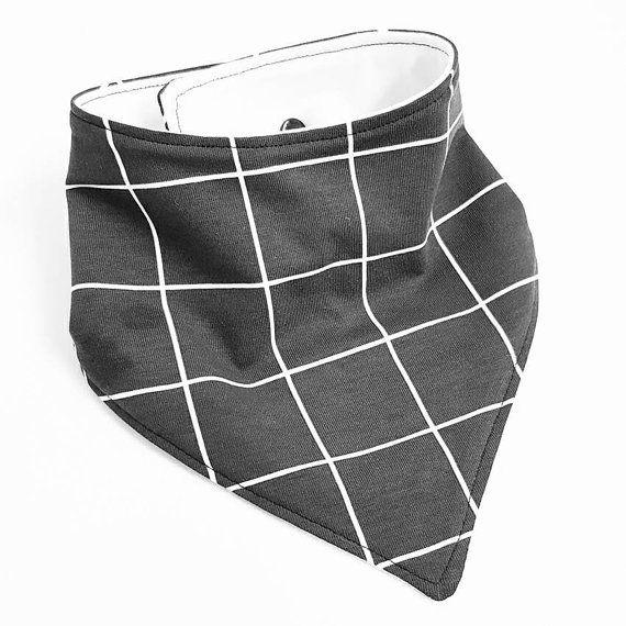Bekijk dit items in mijn Etsy shop https://www.etsy.com/nl/listing/489489204/hey-bb-kwijl-slabber-met-wasberen-zwart
