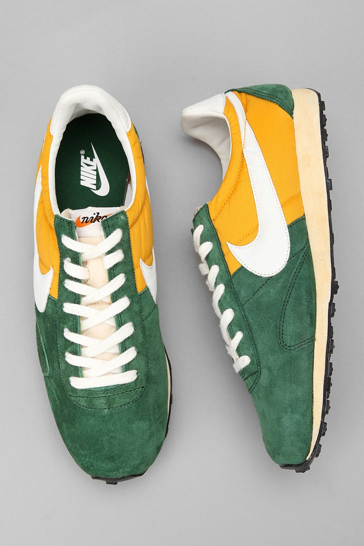 brand new a150e cec93 Nike Pre Montreal Racer V. Sneaker 85 ... Like this colorway Nike Challenger  - Gore Green Tour Yellow ...