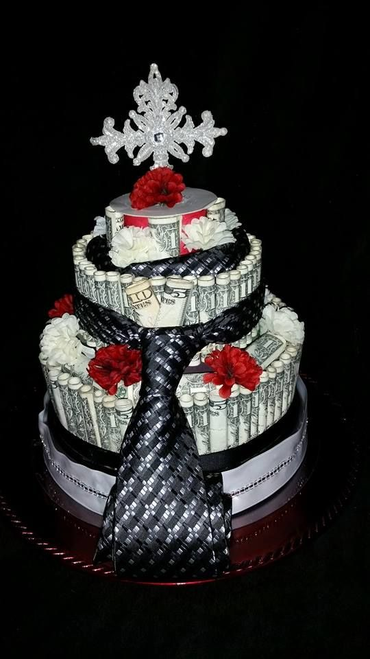 This is a money cake make of real US Dollars. It has $150 with a Necktie and a hanker chef. This gift is great for a pastors anniversary, a house warming gift, or a birthday. The cost of $215 includes money necktie and hanker chef and thanks for looking.