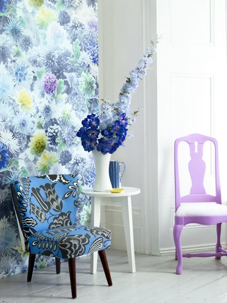 Make a statement to your wall with our Mariedal wallpaper. Polly Wreford