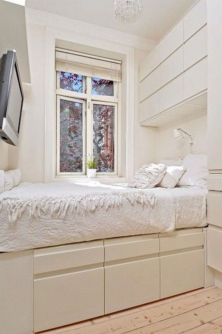 Having a tiny room is not an issue. Allow's capitalize on the tiny area to be a special location in your house. Locate little room design ideas and organization suggestions from experts. #smallbedroomideasforgirls #smallbedroomgirlideas #smallbedroomapartmentideas #smallbedroomlayoutideas