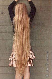 Reste à vérifier, Daktarin (équivalent français du monistat 7) pourrait aider à la repousse des cheveux