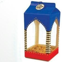 Домик из картонной коробки и другие поделки для ребенка