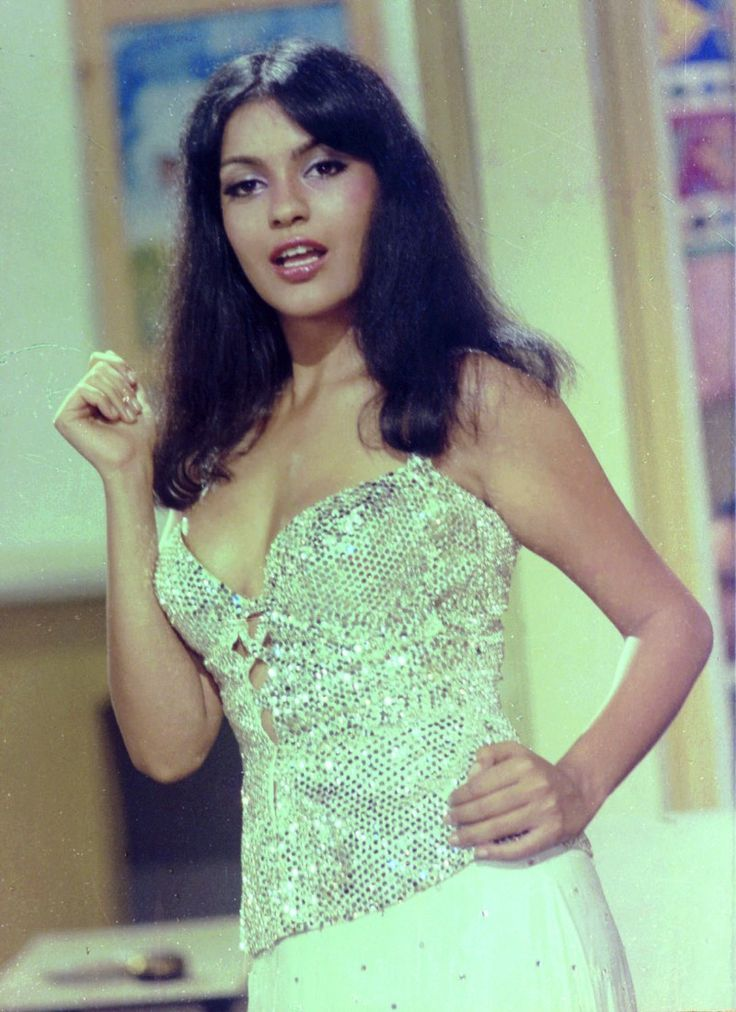 Happy Birthday Zeenat Aman. (19/11)