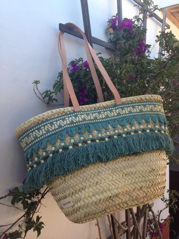Las 25 mejores ideas sobre cestas de mimbre en pinterest - Puff de mimbre ...