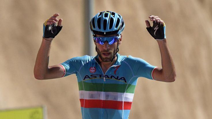 L'Italien Vincenzo Nibali (Astana) Vincenzo Nibali Était Le plus costaud, MAIS Romain Bardet lui une Tenu tête - TOUR D'OMAN - L'Italien Vincenzo Nibali (Astana) s'est emparé vendredi du maillot rouge de leader en enlevant devant le Français Romain Bardet...