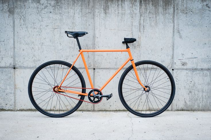 Czech Favorit recycled with components by Sturmey Archer, Brooks, Sapim and Remerx.