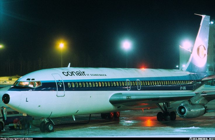 CONAIR Boeing 720-025 aircraft picture