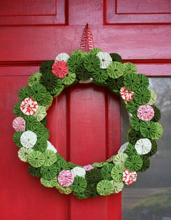 Yoyo wreath by lilian22