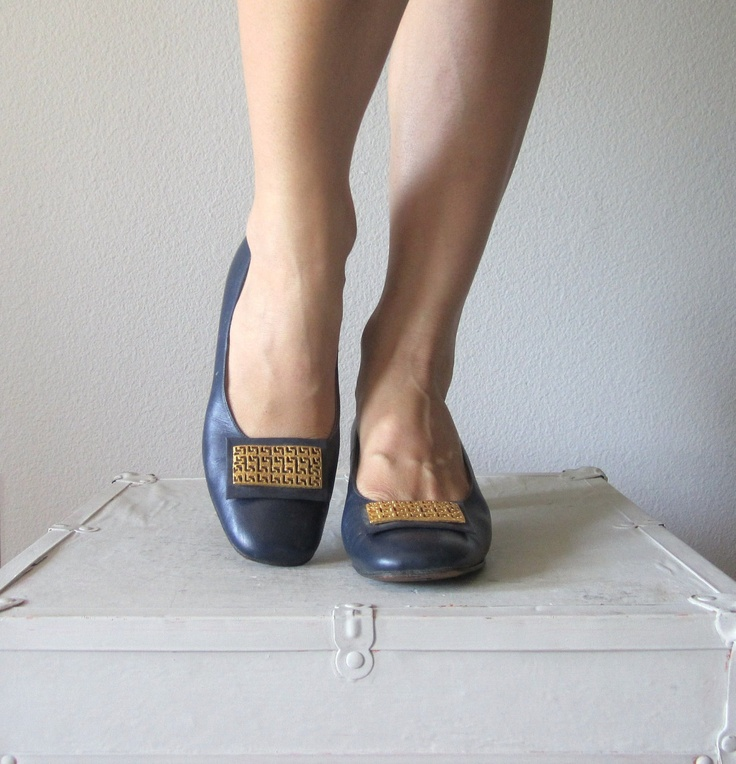 Vintage 1960s Mod Heels // 60s Blue Shoes with Gold Buckle