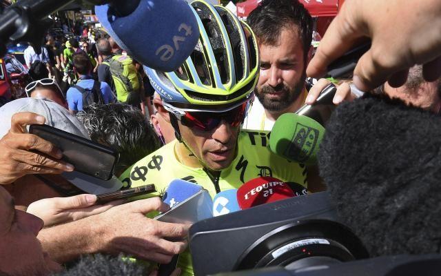 """Alberto Contador et Vincenzo Nibali grands perdants du jour sur le Tour de France: """"Je n'ai pas perdu le moral"""", dit l'Espagnol -                  Deux grands favoris au classement général du Tour de France ont perdu pied sur la première étape de montagne de l'épreuve, vers la station du Lioran.  http://si.rosselcdn.net/sites/default/files/imagecache/flowpublish_preset/2016/07/06/4539753_B979147394Z.1_20160706190439_000_GEC"""