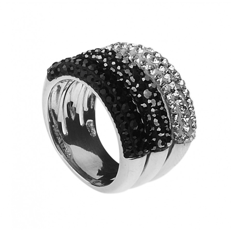 NIGHT Three row crystal paved ring from the AGATHA Paris CERAMIC collection