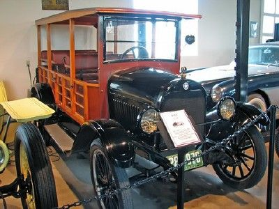 1922 Starr Depot Wagon