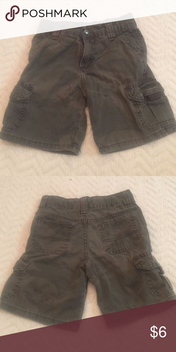 WRANGLER- camouflage shorts 100% cotton. Used in great condition. Wrangler Bottoms Shorts