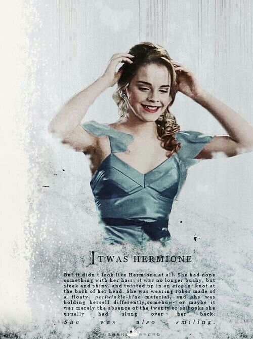 Aaw, it is so sad that in the movie her robes are pink instead of blue.